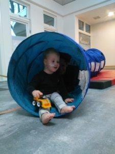 Kinderfysiotherapie jonge kind